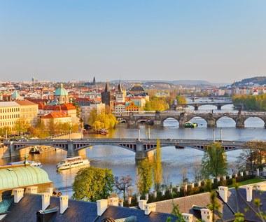 Wakacje. Czechy: Granica bez przeszkód, hotele i restauracje nie