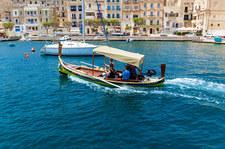 Wakacje i Malta: Odporność zbiorowa oraz oczekiwanie na turystów
