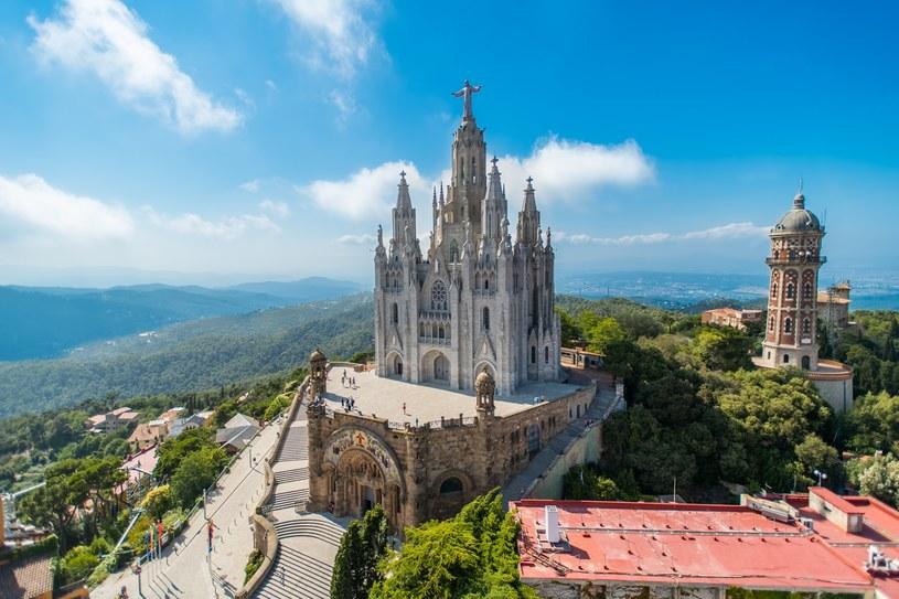 Wakacje w Hiszpanii: Nie chcesz być objęty kwarantanną po przyjeździe do Hiszpanii? Musisz posiadać certyfikat szczepienia, negatywny wynik testu lub poświadczenie przebycia COVID-19 /123RF/PICSEL