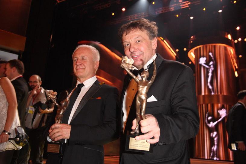 Waldemar Malicki i Zenon Laskowik z Telekamerami Tele Tygodnia (7 lutego 2011) /Krzysztof Jarosz /Agencja FORUM