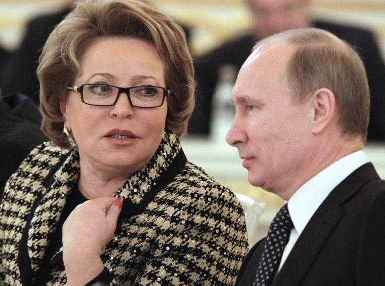 Walentina Matwijenko i Władimir Putin /AFP