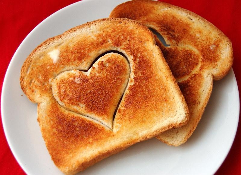 walentynkowe tosty /© Photogenica