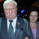 Wałęsa na wakacjach z żoną w Portugalii! Koniec kryzysu?