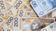 Walizka fałszywych banknotów w banku