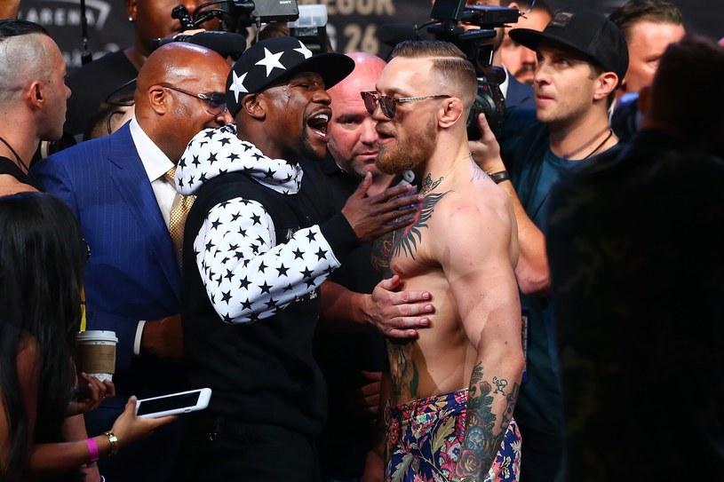 """Walka bokserska Mayweathera Jr z McGregorem nie """"grzeje"""" Lewisa /AFP"""