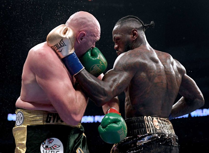 Walka Tysona Fury'ego z Deontayem Wilderem w Los Angeles zakończyła się remisem /AFP