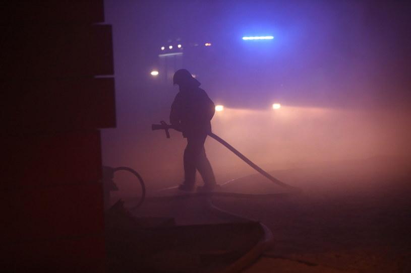 Walka z ogniem w krakowskim archiwum trwała kilka dni //Łukasz Gągulski /PAP