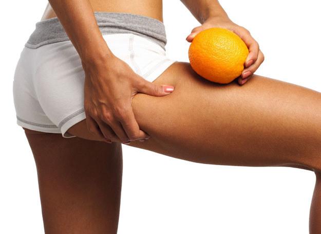 Walka z pomarańczową skórką nie jest łatwa /- /123RF/PICSEL