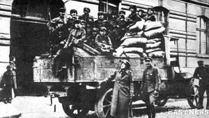Walki o Lwów w 1918 r. Politycy negocjowali, wojskowi i mieszkańcy chcieli się bić