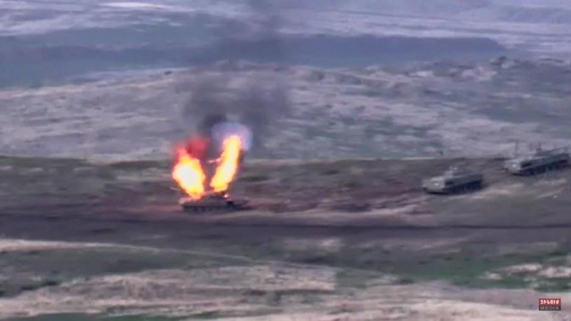 Walki pomiędzy Armenią i Azerbejdżanem. Zdjęcie udostępnione przez Ministerstwo Obrony Armenii /ARMENIA DEFENCE MINISTRY PRESS SERVICE /PAP/EPA