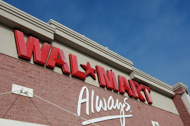 Walmart testuje dostawę prosto do lodówek klientów /AFP