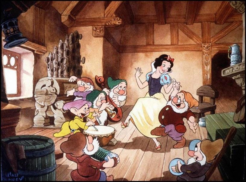 """Walt Disney """"Królewna Śnieżka i siedmiu krasnoludków"""" /EastNews /East News"""