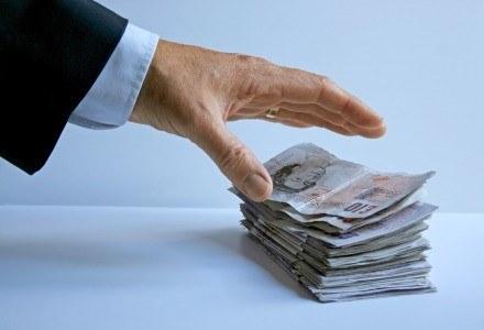 Waluta nie gra roli - przestępcy biorą wszystko. Fot. Steve Woods. /stock.xchng