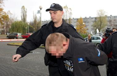 Wandale nagrobków aresztowani