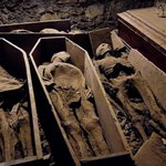 Wandale zbezcześcili mumię krzyżowca sprzed 800 lat