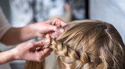 Warkocze, najmodniejsza fryzura wakacji