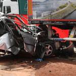 Warszawa: Ciężarówki zmiażdżyły osobówkę. 1 osoba nie żyje