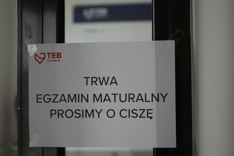 Warszawa; egzamin maturalny 2021 w liceum im. Mikolaja Reja /Tomasz Jastrzębowski /Reporter