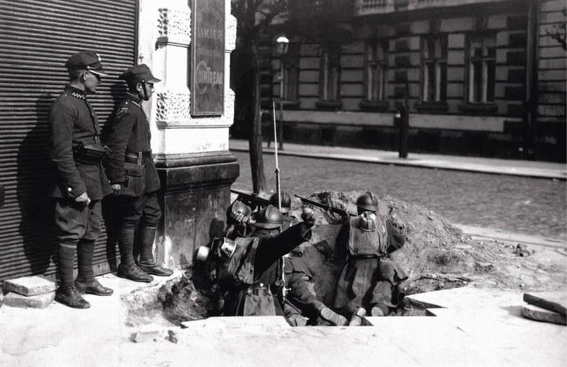 Warszawa. Maj 1926 /materiały prasowe