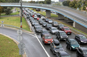 Warszawa: Na Wisłostradzie zapadła się jezdnia