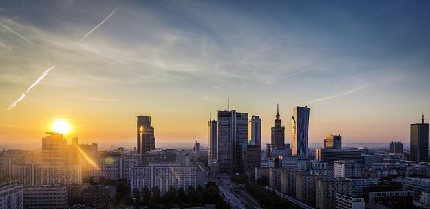 Warszawa odda biedniejszym gminom ponad 1 mld zł /©123RF/PICSEL