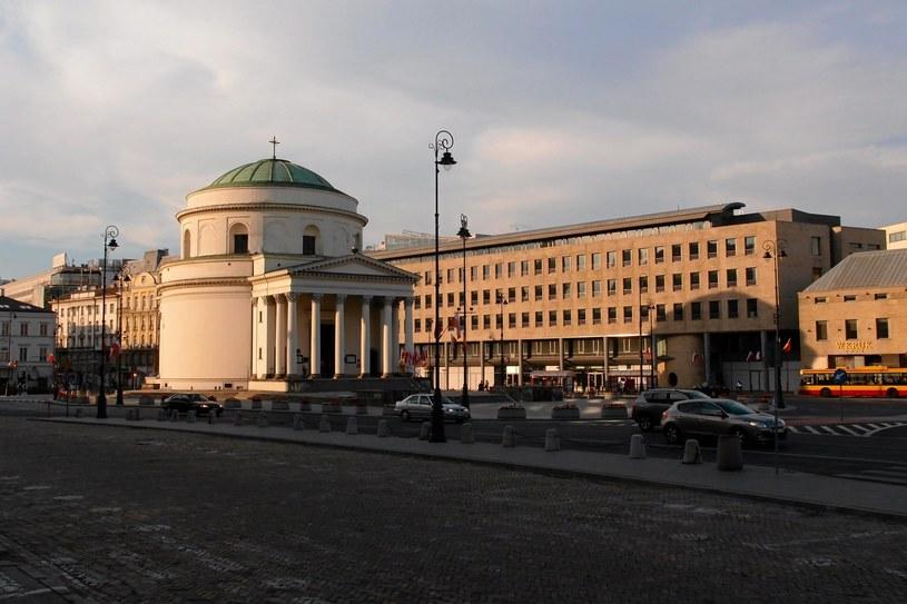 Warszawa: Plac Trzech Krzyży /Waldemar Gorlewski /