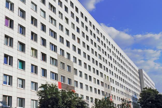 Warszawa podbija nasz rynek kredytów... /©123RF/PICSEL
