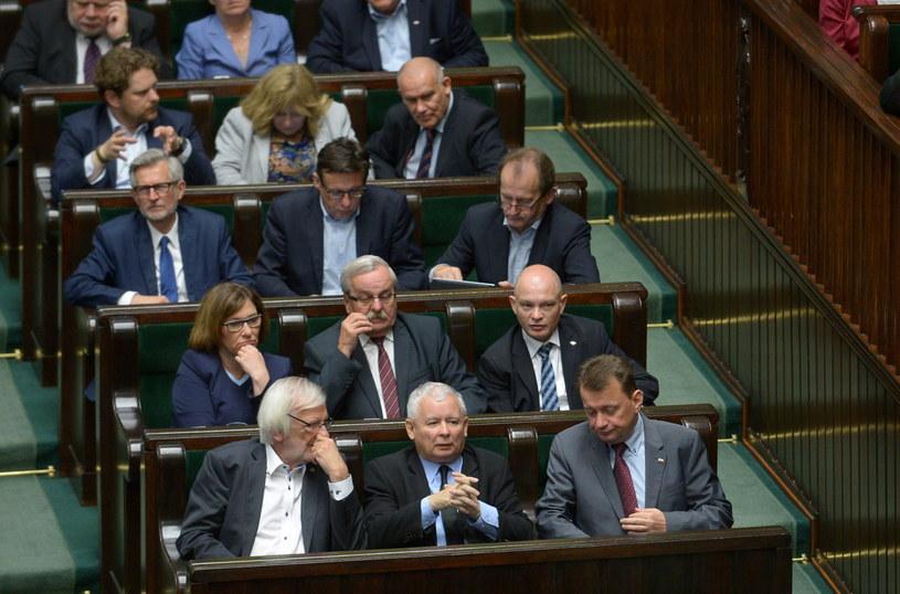 Warszawa: Posiedzenie Sejmu, w czasie którego posłowie zajmują się projektem ustawy o SN /Marcin Obara /PAP