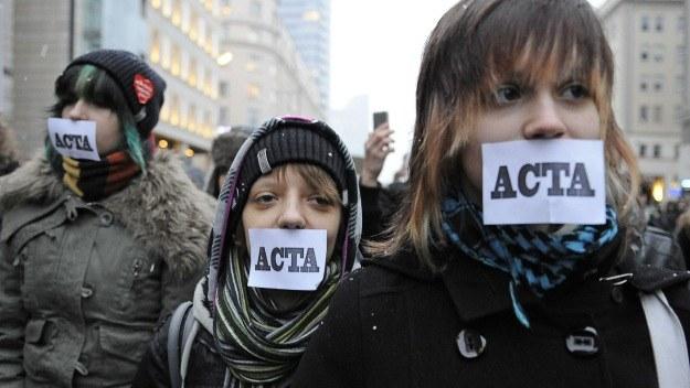Warszawa - protest przeciw podpisaniu umowy ACTA /AFP