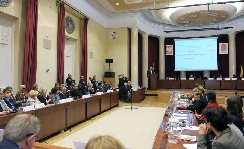 Warszawa: Sesja Rady Miasta (arch.) /Jan Bielecki /East News