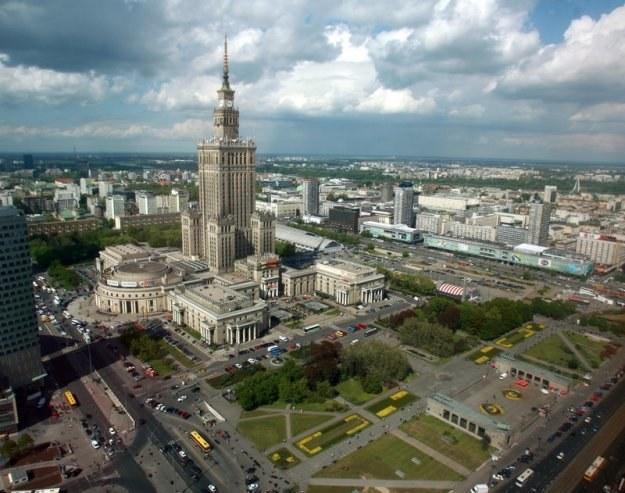 Warszawa to jedno z miast, którego stosunek długu do dochodów wynosił ponad 50 proc./fot. R.Meszka /Agencja SE/East News