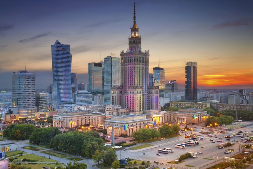 Warszawa to jedno z najgorszych miejsc dla snu /123RF/PICSEL