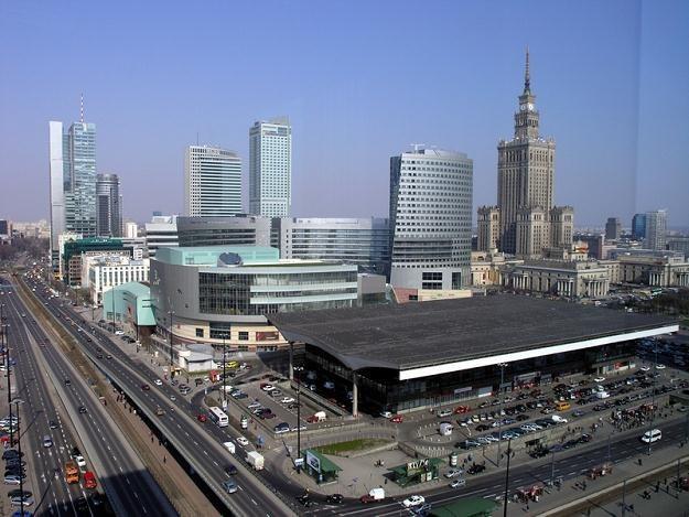 Warszawa w tym roku musiała oddać do budżetu centralnego ponad miliard złotych /INTERIA.PL
