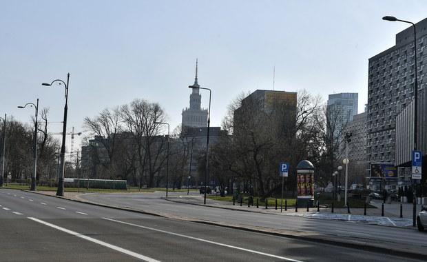 Warszawa: Z powodu koronawirusa spadło natężenie ruchu. Jest mniej kolizji i wypadków