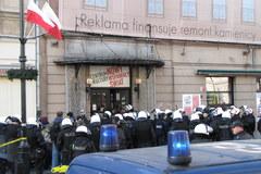 Warszawa: Zamieszki przed siedzibą Krytyki Politycznej
