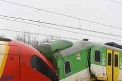 Warszawa - zderzenie pociągów