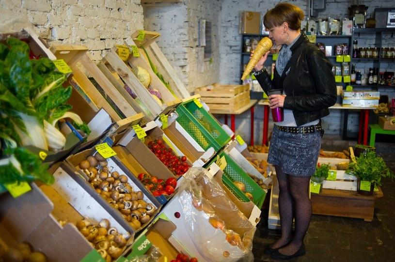 Warszawski Biobazar skupia prodecentów ekologicznej żywności /Bartosz Krupa /East News