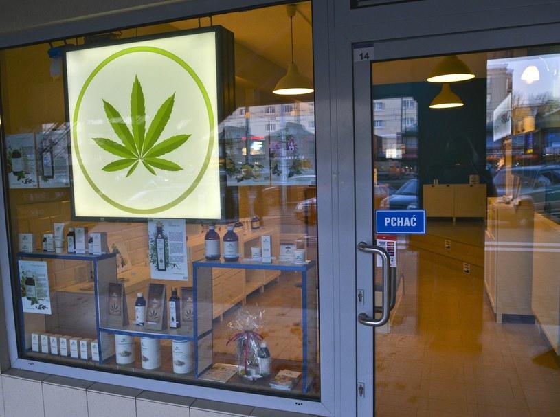 Warszawski sklep z preparatami medycznymi na bazie marihuany /East News
