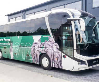 Warta Poznań ma nowy autokar. Jest ekologiczny i ma świetne graffiti