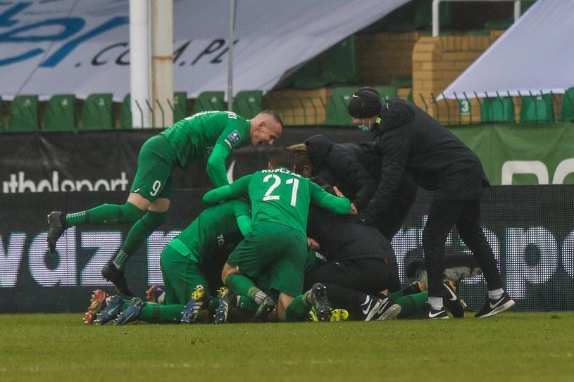 Warta Poznań świętuje gola w meczu z Podbeskidziem Bielsko-Biała /Adam Jastrzebowski / Newspix.pl   /Newspix