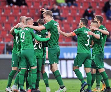 Warta Poznań wzmocni się nawet siedmioma graczami. Rewolucja? Jest odpowiedź