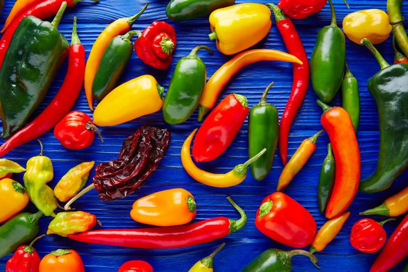 Warto jeść pikantne potrawy /123RF/PICSEL