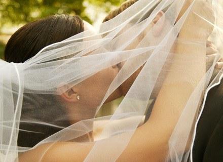 Warto przed ślubem dowiedzieć się, co to jest wspólnota majatkowa i intercyza /ThetaXstock
