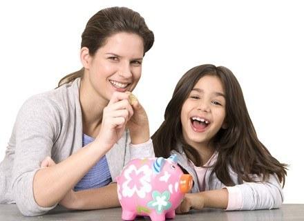 Warto w domu ustalić reguły finansowe, które będą obowiązywały i dziecko i rodziców /© Panthermedia