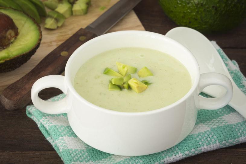 Warto włączyć zupę do codziennej diety /123RF/PICSEL