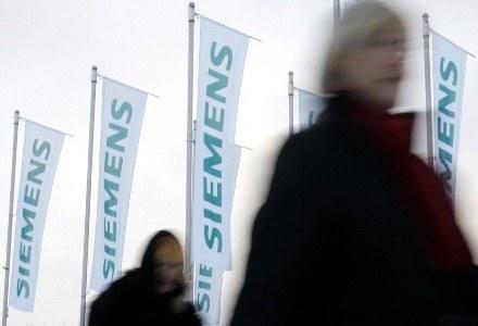 Wartość podejrzanych transakcji Siemensa wyniosła 1,3 miliarda euro /AFP