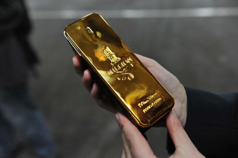 Wartość podrobionego towaru to 3,5 mln zł /Marcin Bielecki /PAP