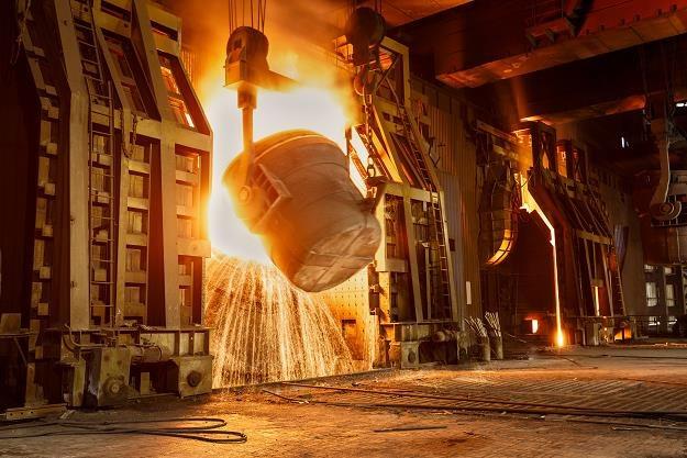 Warunki w polskim przemyśle wciąż się pogarszają... /©123RF/PICSEL