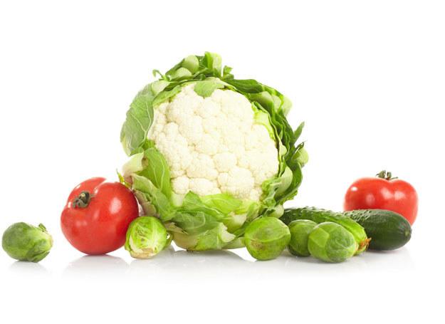Warzywa białe przyspieszają leczenie kataru i każdego rodzaju kaszlu /123RF/PICSEL