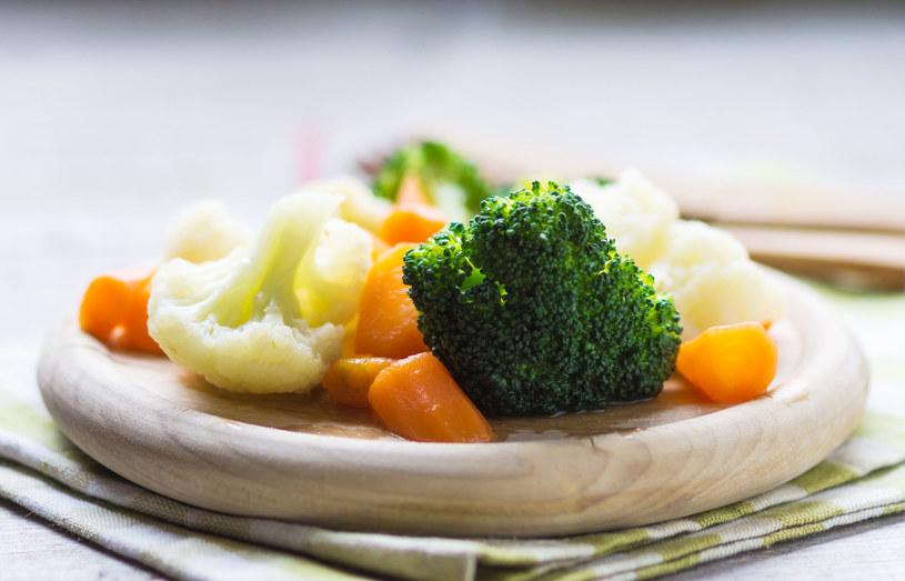Warzywa gotowane na parze /123RF/PICSEL